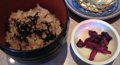 九菜のいろどりランチ 十六穀米御飯