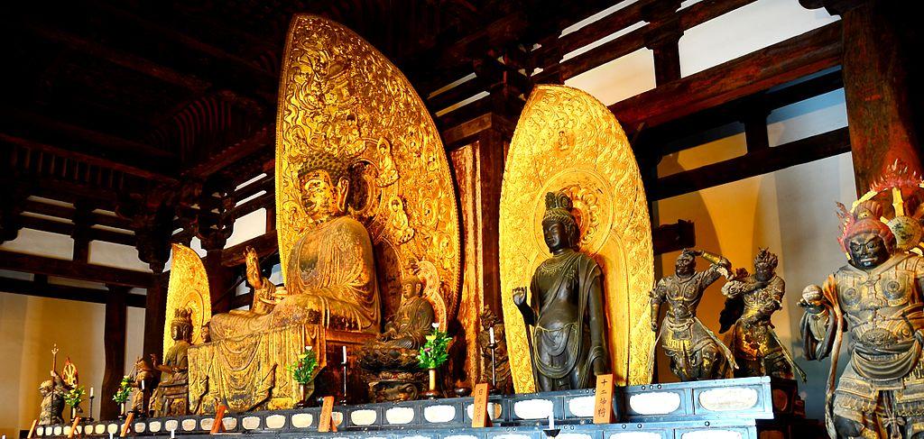 Golden_Buddha_in_Kōfuku-ji