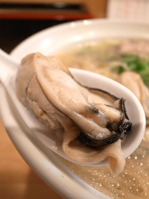 141016大阪麺哲-広島・牡蠣アップ