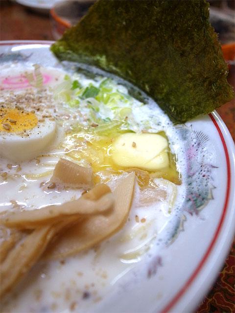 150313いづみ-ミルク塩ラーメン・バター