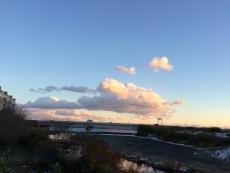 こういう雲を見ると、瀬名秀明の『ゴッサマースカイ』に出てきた「空の底のよう」ってこんな感じか?と思うんだけど、実際どうなんだろうか?