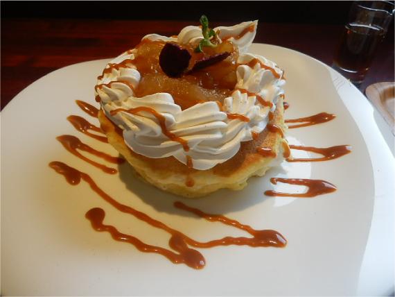 林檎のキャラメルパンケーキ