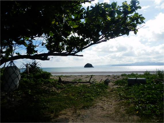 屋我地島の浜へ