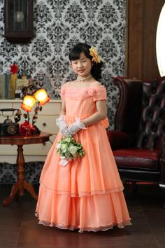 2分の1成人式写真10歳記念群馬伊勢崎そのかちゃんドレス