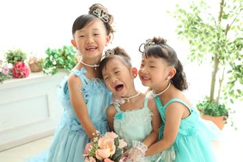 七五三群馬伊勢崎いちかちゃんなつきちゃんきさとちゃん姉妹ドレス
