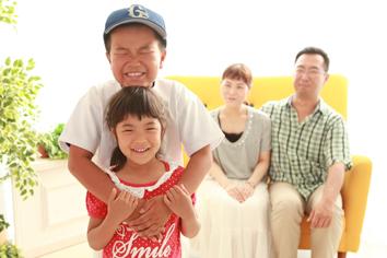 家族写真群馬伊勢崎k自然光きょうだい