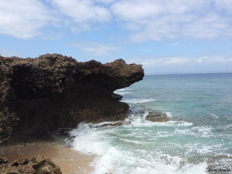 カベール岬の岩場