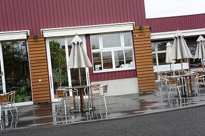 雨の富良野マルシェ