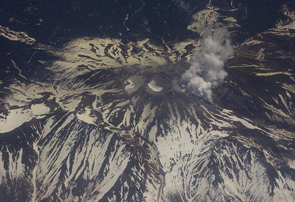 御嶽の噴煙