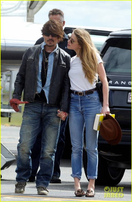 johnny-depp-amber-heard-hold-hands-for-australian-arrival-03.jpg