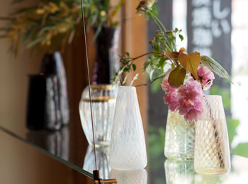 花と緑の器たち_早崎2