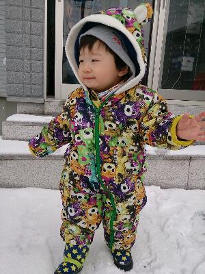 雪遊び息子1