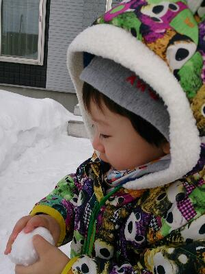 雪遊び息子2