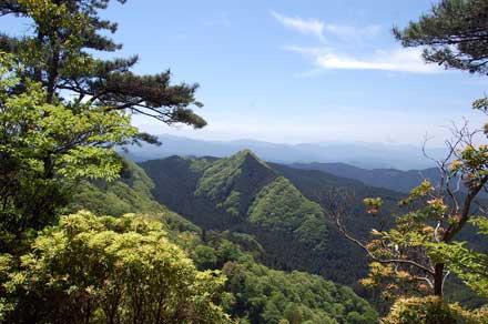 15.5.11三郎岳へ絶景