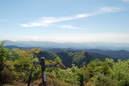 15.5.11三郎岳から