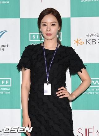 キムアジュンソウル国際女性映画祭開幕式01