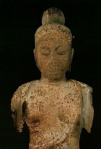内野区聖観音像の焼焦げ痕を隠した修正写真
