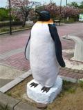 JR金浦駅 ペンギン像 線路側