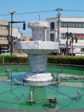 JR小杉駅 大理石の噴水彫刻