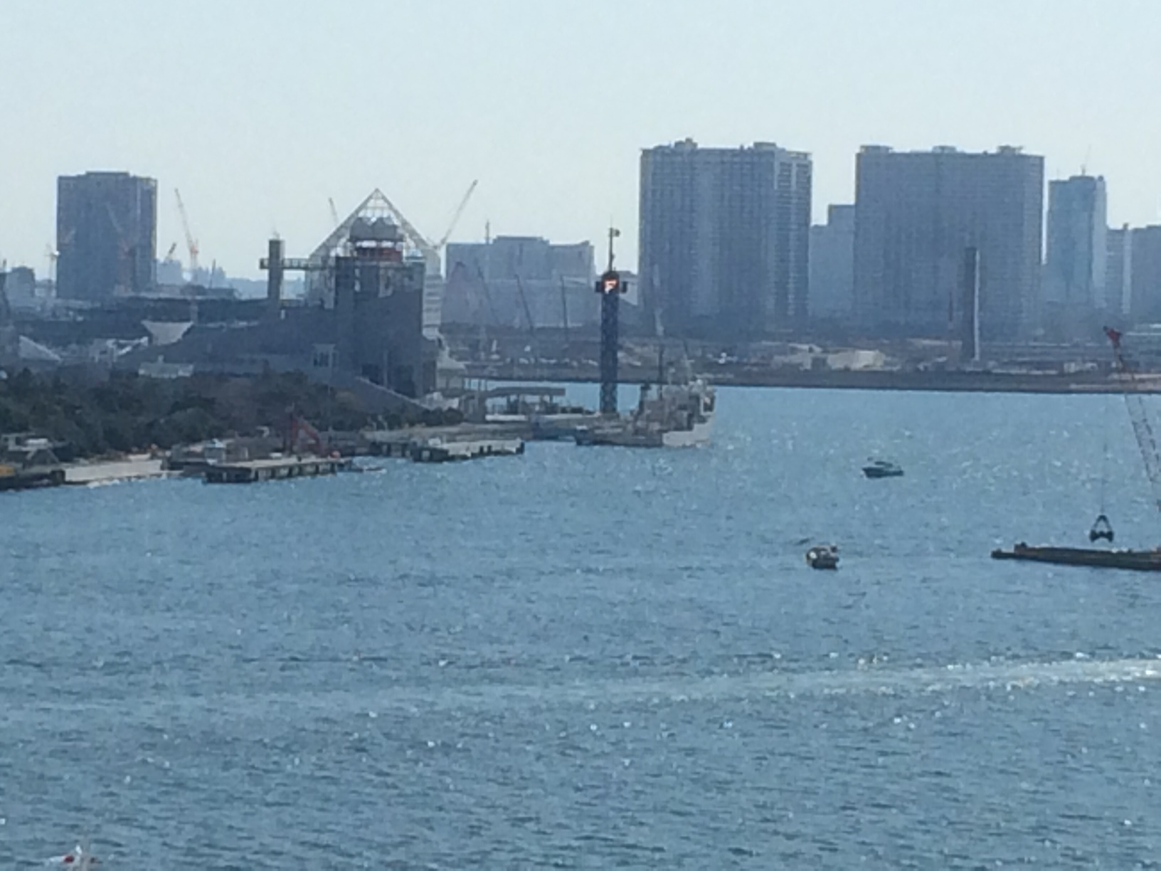 共同フレイターズから見える海上信号