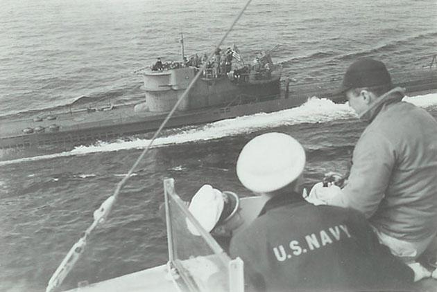 U234_KptLt_Fehler_USS_Sutton.jpg