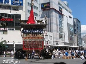17日巡行辻回し(2011年)-3
