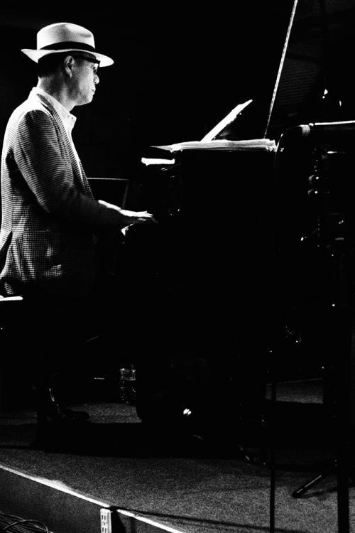 15ピアノ1_convert_20150522213224