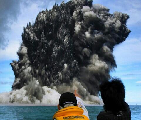 In Deep: パキスタンの新しい島を見て、最近の「海底の異変」の ...