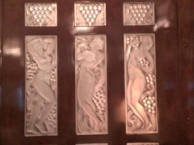 097ガラスの彫刻
