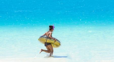 海開きしてますよ!浜茶屋割引券あり!竹野浜海水浴場