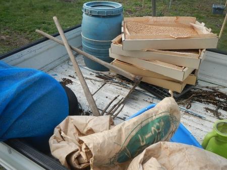 稲の苗床作り (1)