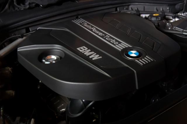 BMW-F25 20d エンジン