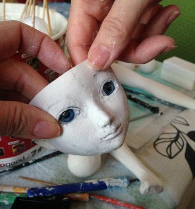 20150129 球体関節人形 目をはめてみる