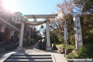 小動神社(鎌倉市腰越)1