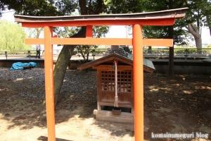 稲荷神社(越谷市瓦曽根)10