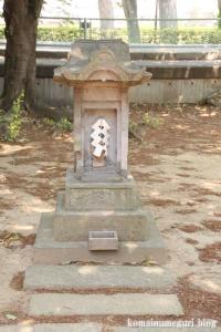 稲荷神社(越谷市瓦曽根)8