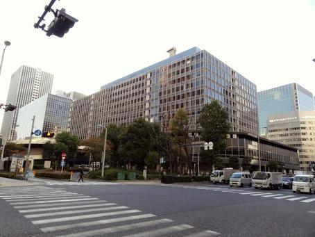 大阪駅前ビル01