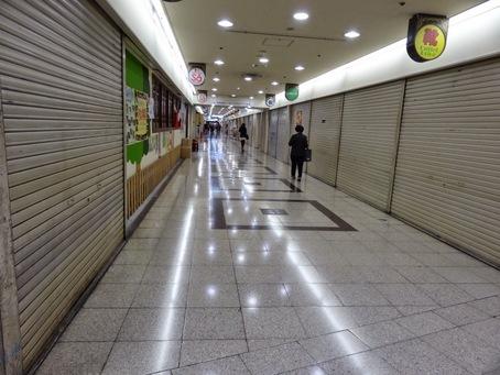 大阪駅前ビル05