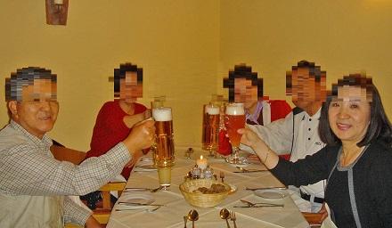 2094-ホテルドレステンが経営している居酒屋風の食堂ビールを1リットル飲んだ