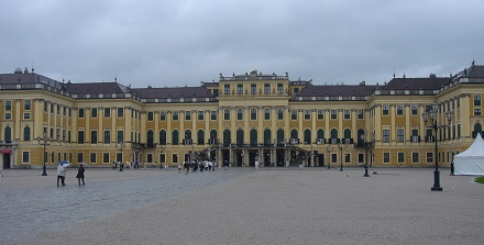 15 シェーンブルン宮殿写真禁止