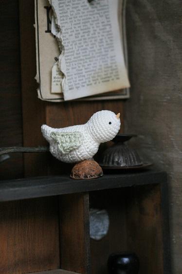 くるカラ 編み鳥