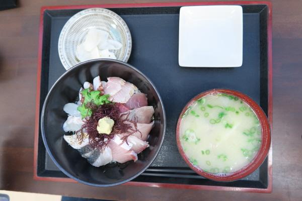 志摩の海鮮丼屋5