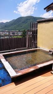 ホテル石庭の露天風呂1