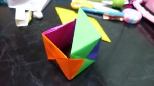 折り紙〜連結の途中