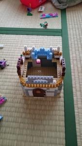 レゴブロックで家作り