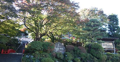 富士屋ホテル全景