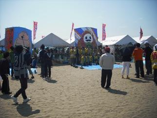 15年05・10第27回内灘世界の凧の祭典 005