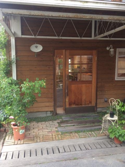 IMG_0469喫茶玄関2