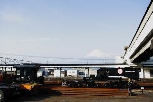 富士山霞んでる・・・