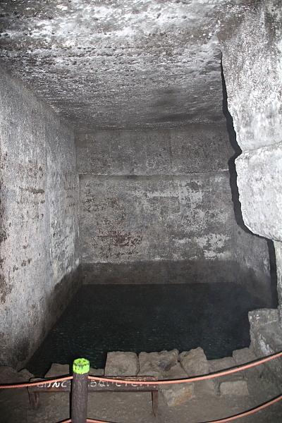 15室岩洞12
